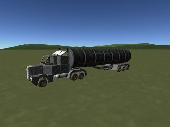 K-Mack Truck mit Tanker für 10500 Einheiten ORE