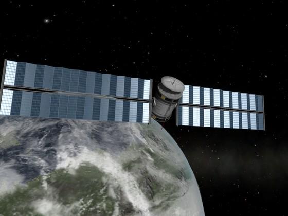 Mein alter Mun Satellit